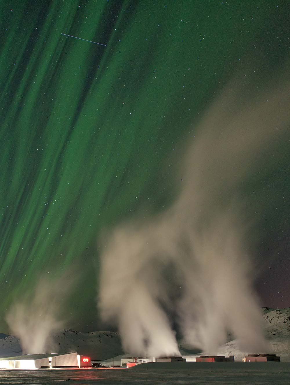 Glyn Thomas, Hellisheidi Geothermal Power Station and Northern Lights - Iceland
