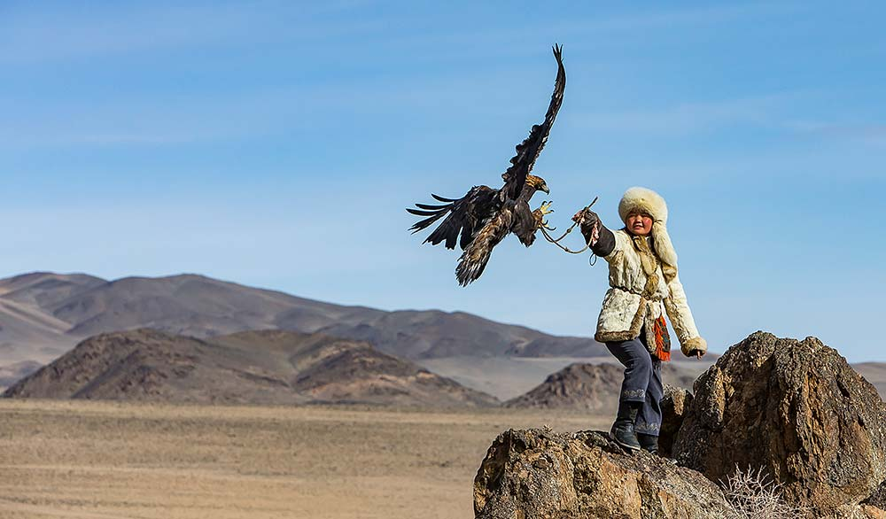 Rosamund Macfarlane, Eagle Huntress Receiving– Altai Mountains, Mongolia