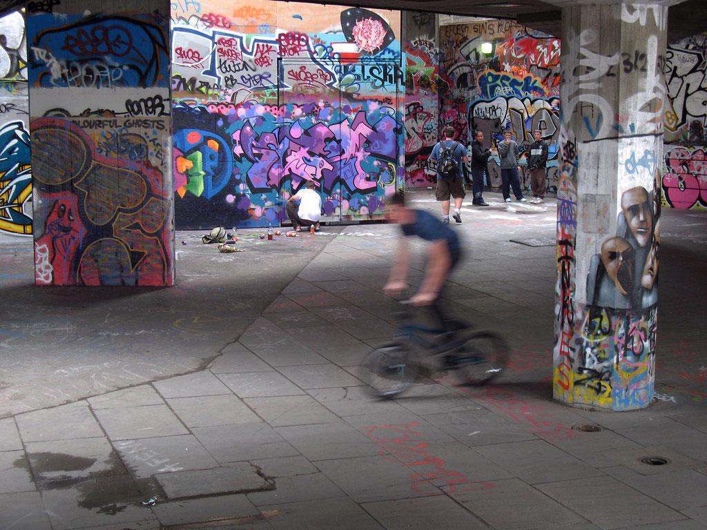 southbank skating undercroft6