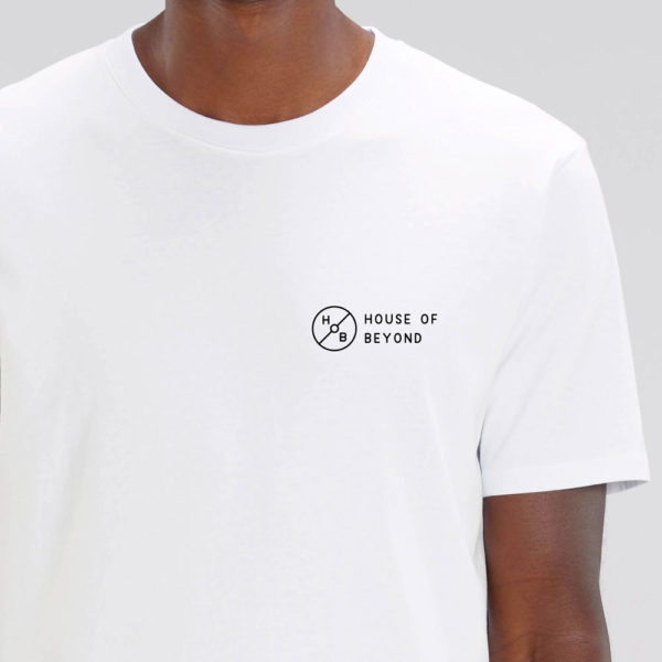 House of Beyond signature white T Shirt hem tag1