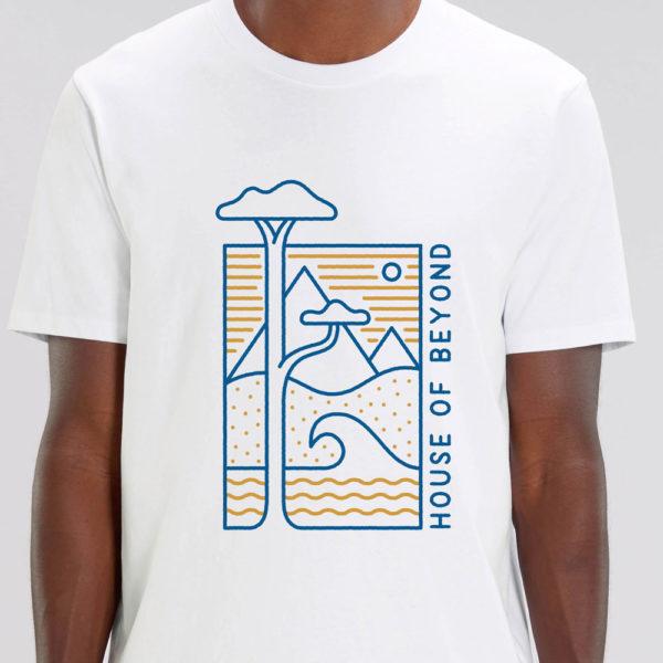 House of Beyond white T Shirt hem tag1
